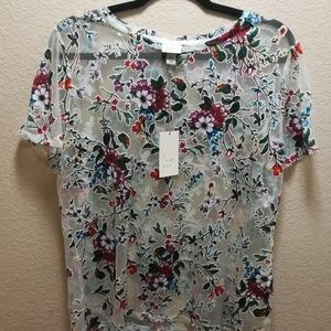 NWT A New Day - beautiful floral blouse